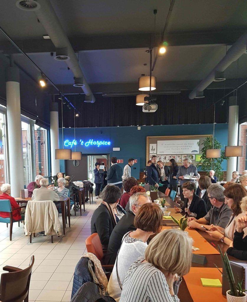 Caféteria bar de l'EHPAD Het Heiveld en Belgique