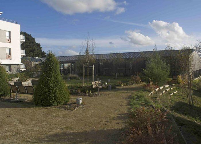 Vue extérieure de l'extension de l'EHPAD La Grange à Couëron